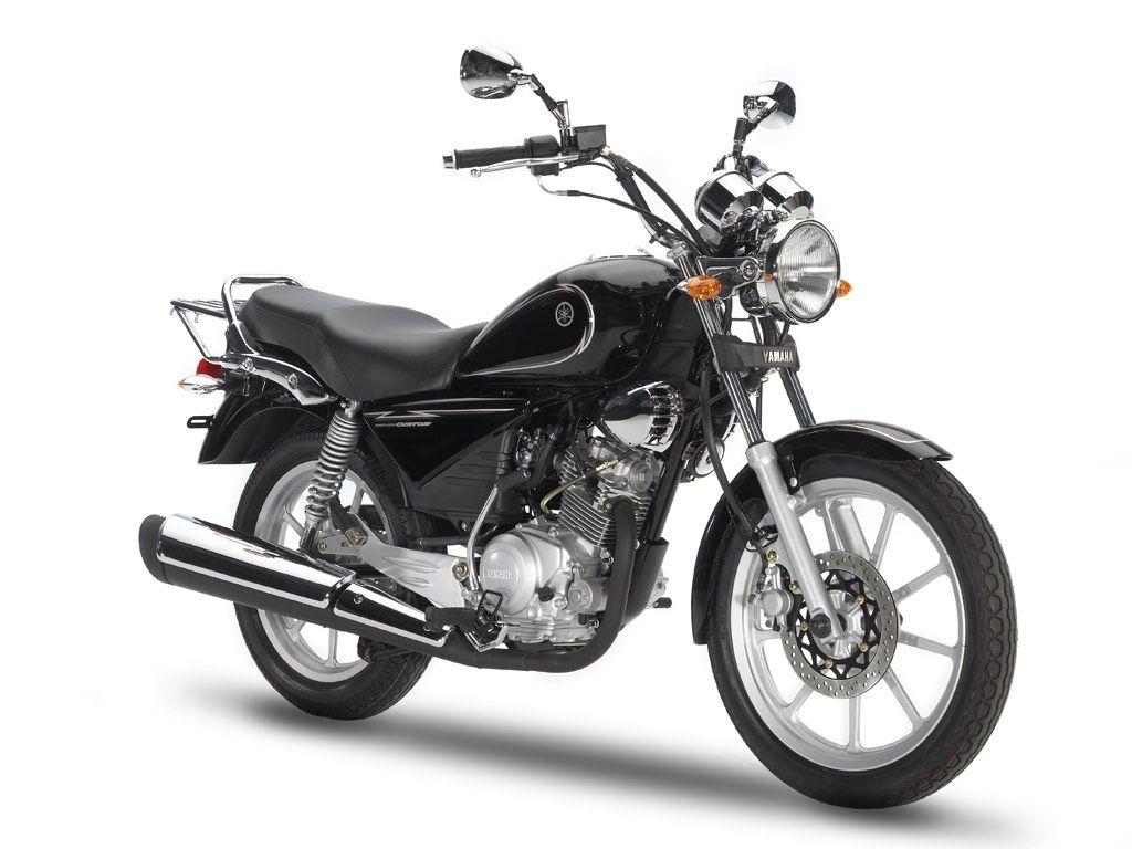 motocykl yamaha w starym klasycznym stylu