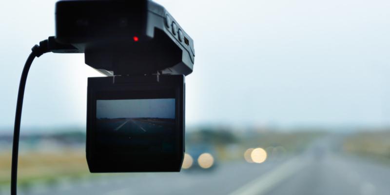 Dlaczego warto mieć kamerkę samochodową?