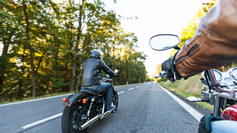 Jazda na motocyklu - w co warto zainwestować?