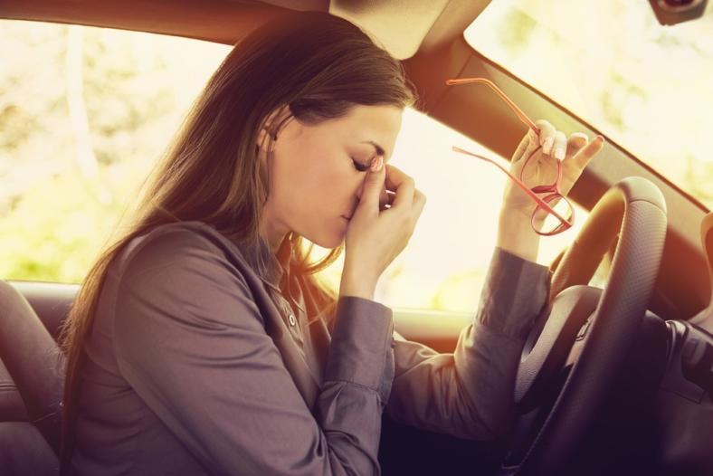 Jak opanować stres podczas egzaminu na prawo jazdy? Zdaj test przy pełnym spokoju!