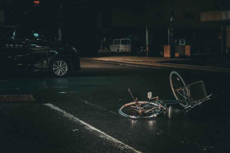 Pierwsza pomoc - co powinienem zrobić będąc świadkiem wypadku drogowego?